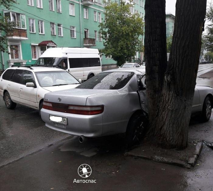 ДТП произошло утром в Ленинском районе