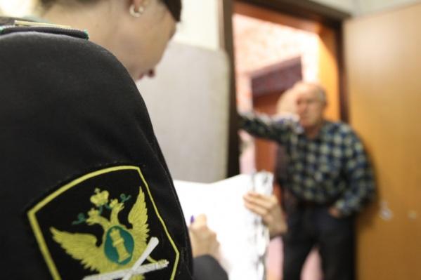 Из-за неуплаты алиментов мужчине грозит уголовное наказание