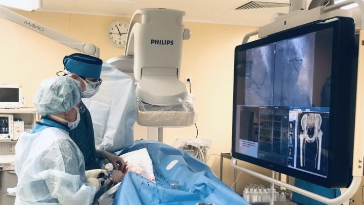 «Учли опыт Европы и Японии»: в красноярском кардиоцентре открыли современный операционный зал