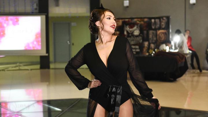 В Екатеринбурге красотки с пышными формами показали, что тоже могут быть сексуальными: фоторепортаж