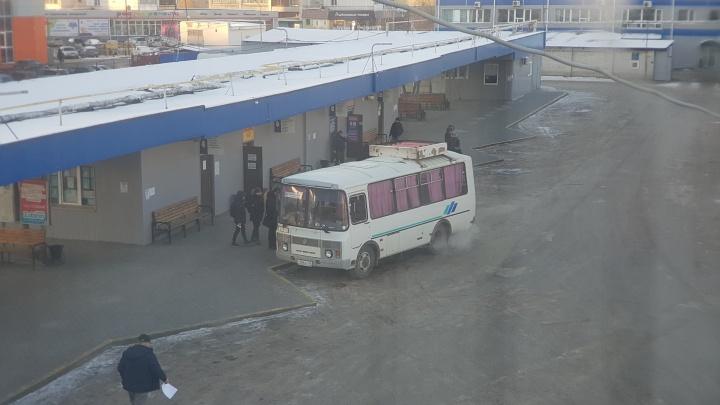 В Зауралье часть трассы «Иртыш» закрыли для движения автобусов из-за гололеда