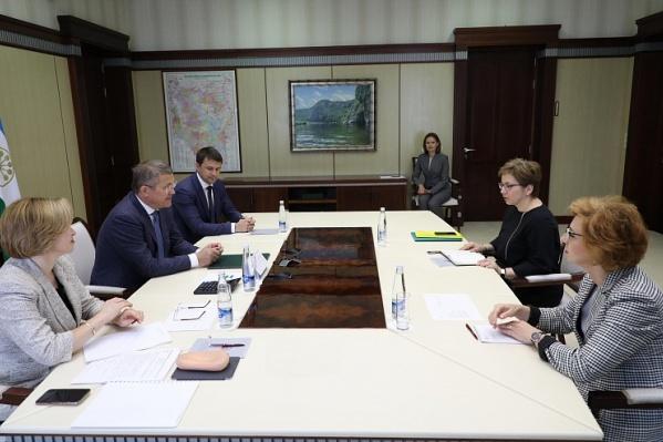 Руководитель региона пообещал взять вопрос строительства хосписа на личный контроль