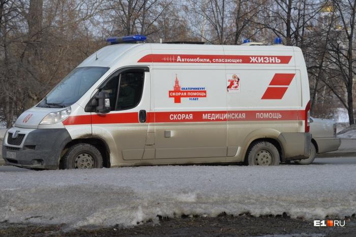 Пострадавшую женщину доставили в одну из городских больниц