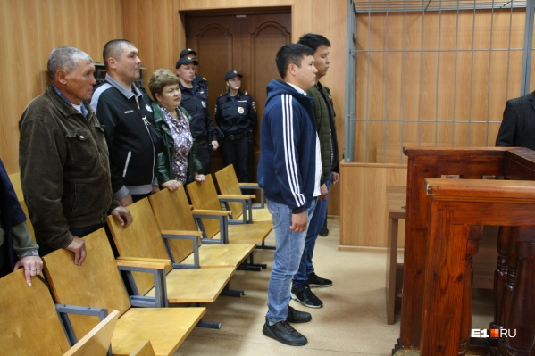 Нурбек Абакирови Арман Саграев в суде