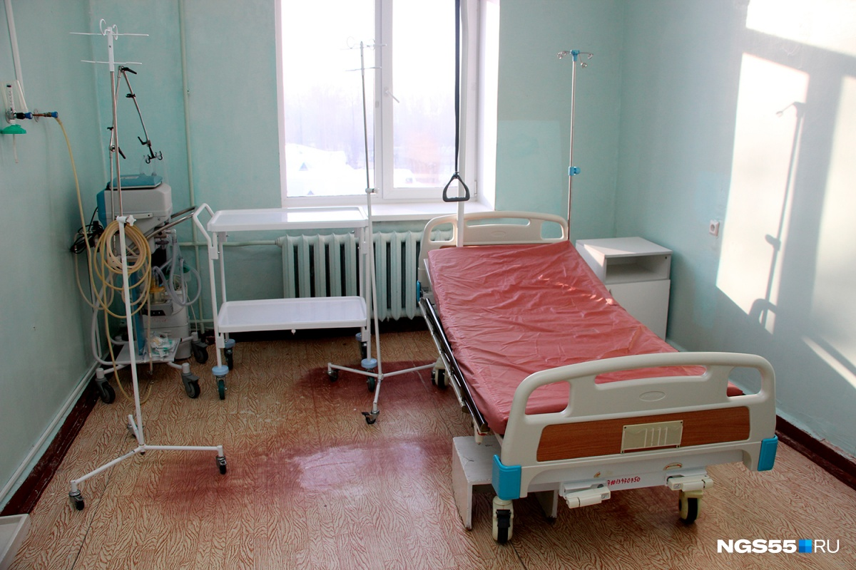 Так выглядит одна из палат в отделении анестезиологии и реанимации. Сюда женщины попадают в случаях, если им нужна операция