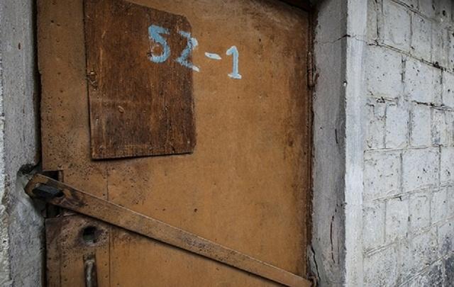 В Кургане на улице Володарского снесут самовольно установленные гаражи