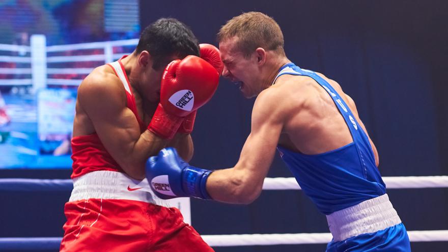 Потом и кровью: фоторепортаж с финала чемпионата России по боксу в Самаре