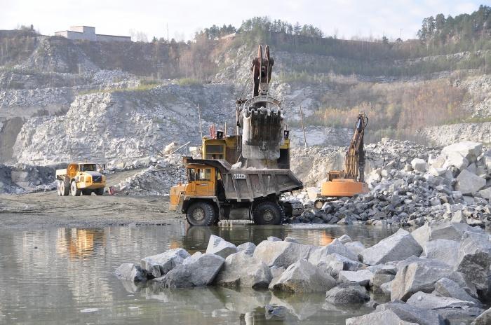 В производстве цемента не задействованы ни химические реактивы, ни металлы