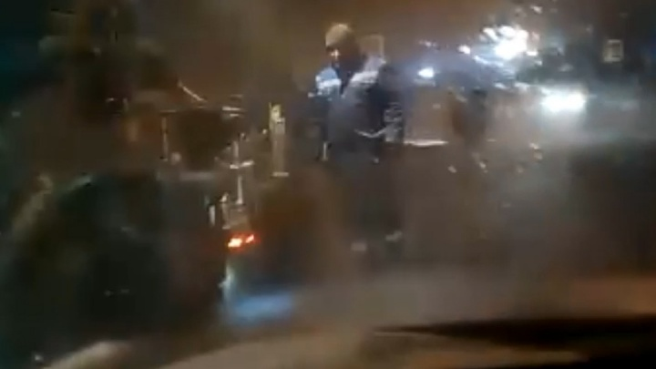 Стахановцы бы не поняли: челябинские дорожники закатали в снег многострадальную дорогу