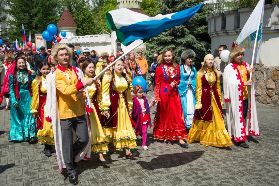 В Челябинске проживает 153 национальности