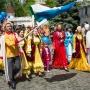«Мы живем в России, и нам хорошо!»: парад Дружбы народов объединил тысячу челябинцев