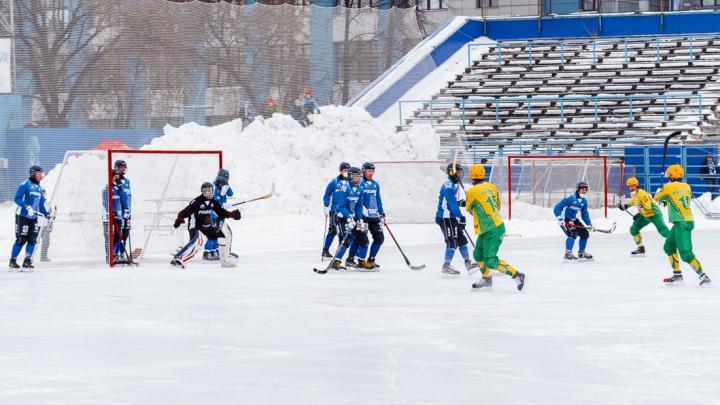Архангельский «Водник» разгромил кировскую «Родину» в последнем матче уходящего года