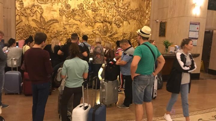 Деньги утекли в «реку»: на туроператора, сорвавшего челябинским туристам отдых в Китае, завели дело