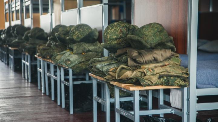 В ТВВИКУ приезжал реанимобиль: родители курсантов рассказали, что в инфекционку увезли еще 7 человек