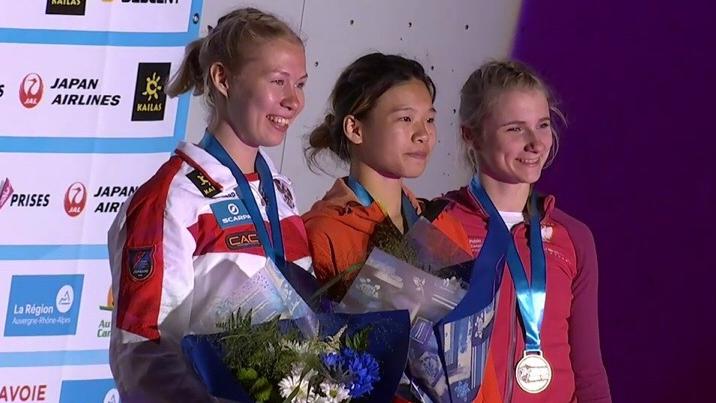 Двое уральских скалолазов завоевали медали на Кубке мира во Франции