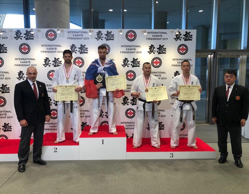 Дмитрий Савичев стал чемпионом мира