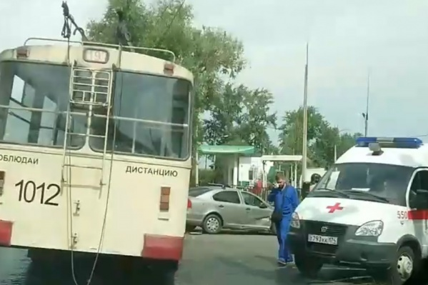 По предварительной информации, в троллейбусе были пассажиры