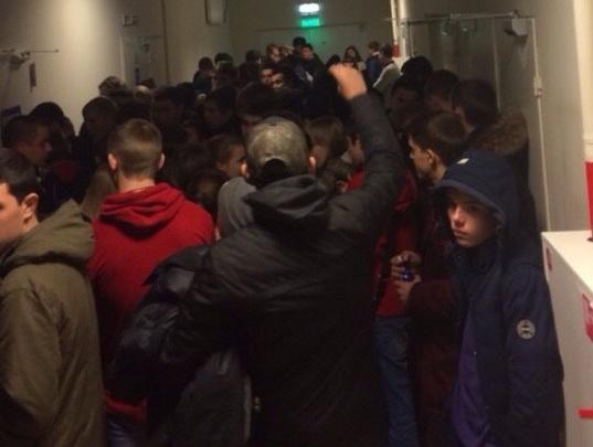 «Мы никого не задерживали»: из-за мелких краж в торговом центре Волгограда проверили всех подростков