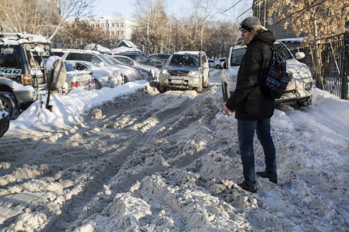 За год автоинспекторы выдали мэрии больше тысячи предписаний из-за состояния дорог