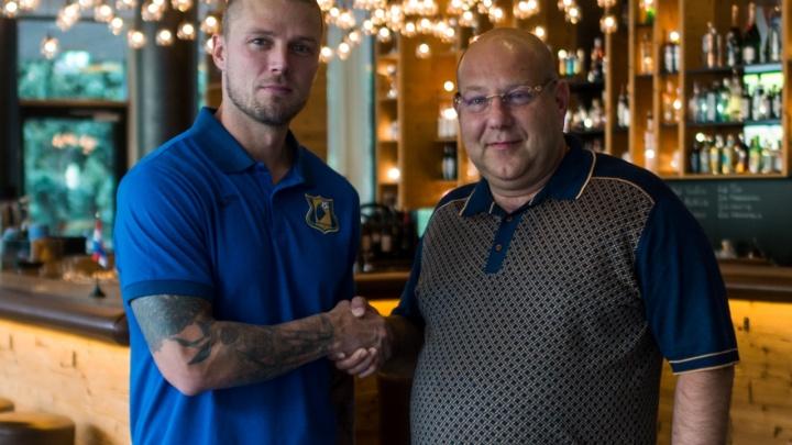 «Добро пожаловать в желто-синюю семью»: исландец Рагнар Сигурдссон продлил контракт с ФК «Ростов»