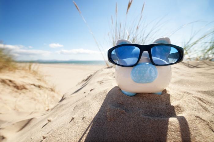 Как сэкономить на коммуналке во время отпуска?