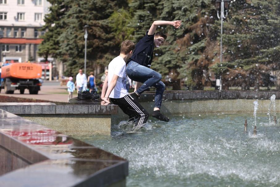 В Челябинске сегодня установилась 30-градусная жара