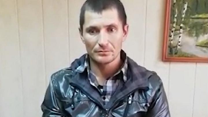 Кривоногого рецидивиста, нападавшего на женщин возле подъездов, задержали на юге Волгограда