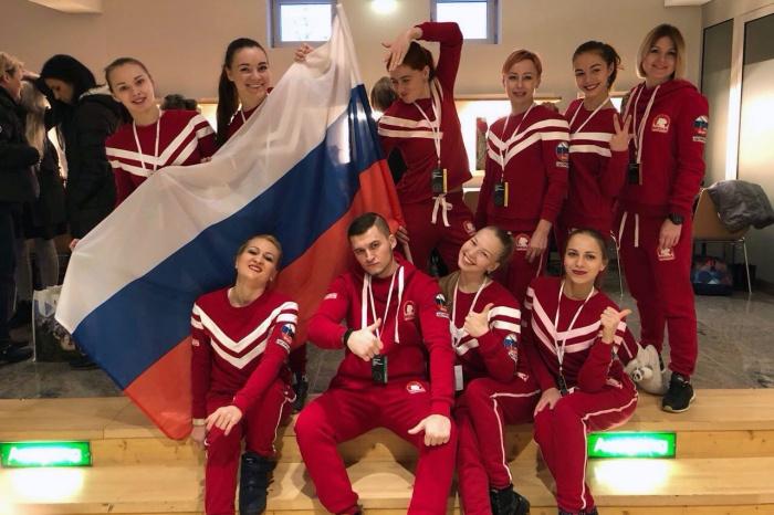 Российские спортсмены в новосибирской форме MISHA wear Аллы Коротких