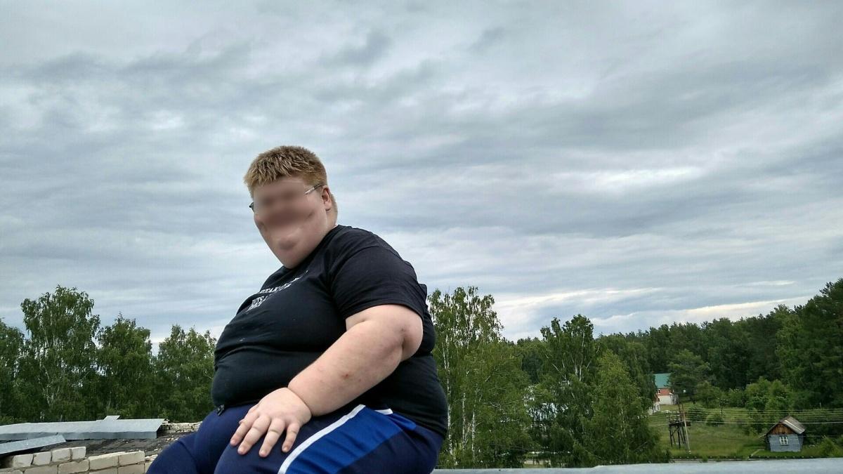 Самый толстый юноша в Нижнем Новгороде умер от пневмонии