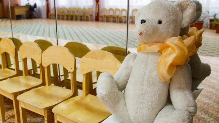 Избивавшая и морившая голодом двухлетнего сына волгоградка попыталась разжалобить судей