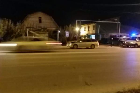 Переходивший дорогу мужчина скончался на месте происшествия