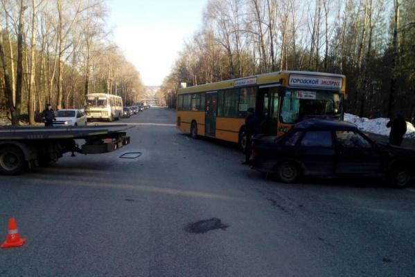 В автобусе пострадал один пассажир