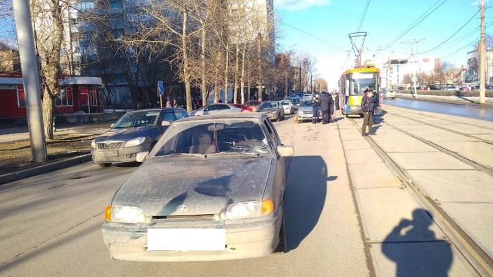 В Перми на улице Мира легковушка сбила 12-летнего школьника