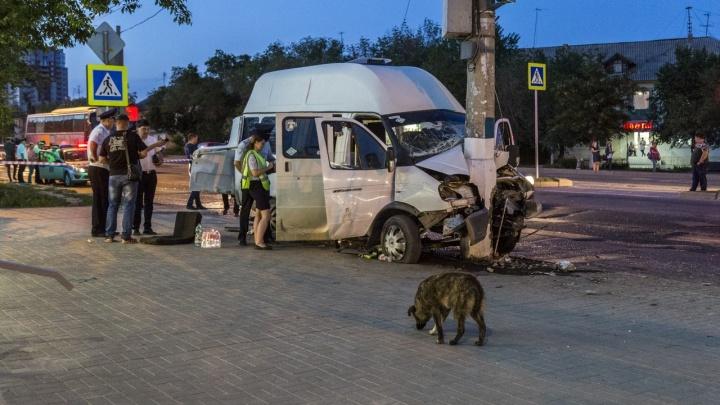 «Он ехал на дачу и пожалел людей»: владелец 15С рассказал подробности аварии с МАЗом в Волгограде