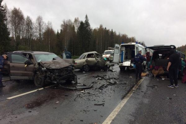 Жители Архангельской области находились вVolkswagen Transporter