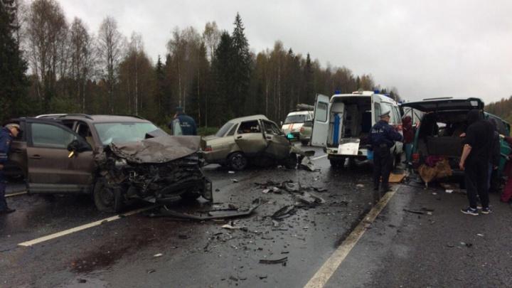 Двое жителей Архангельской области погибли в вологодском ДТП