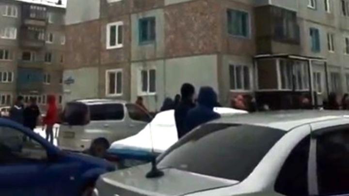 На Московке-2 эвакуировали жителей пятиэтажки из-за звонка о минировании