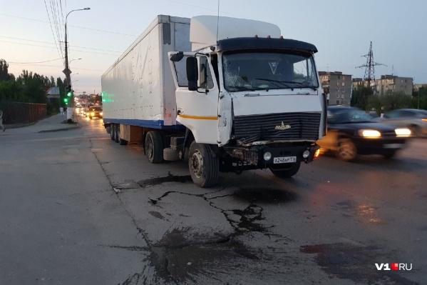 Из Татарстана в Светлый Яр грузовик вез двадцать тонн селитры
