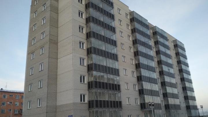 На Норильской достроен первый дом нового ЖК с закрытым двором
