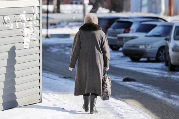 За попытку обокрасть пенсионерку курганцу грозит до пяти лет тюрьмы
