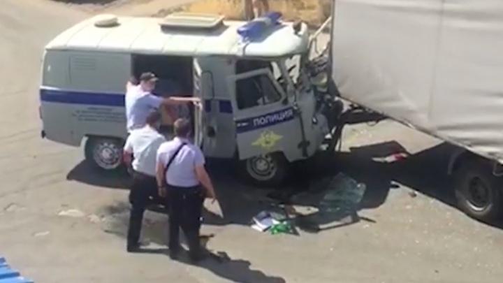 В Ростовской области в результате ДТП пострадали четверо полицейских