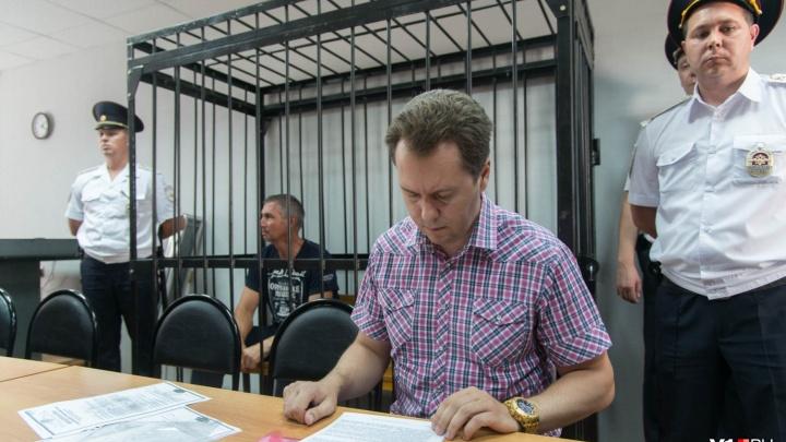 «Хотят оправдания»: в Волгограде объединили дела Леонида Жданова и погибшего Дмитрия Хахалева
