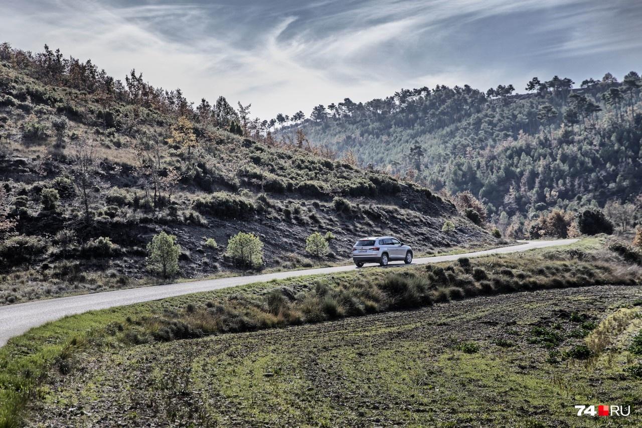 Близ Барселоны много потрясающих горных дорог, которые убивают жесткие ограничения скорости