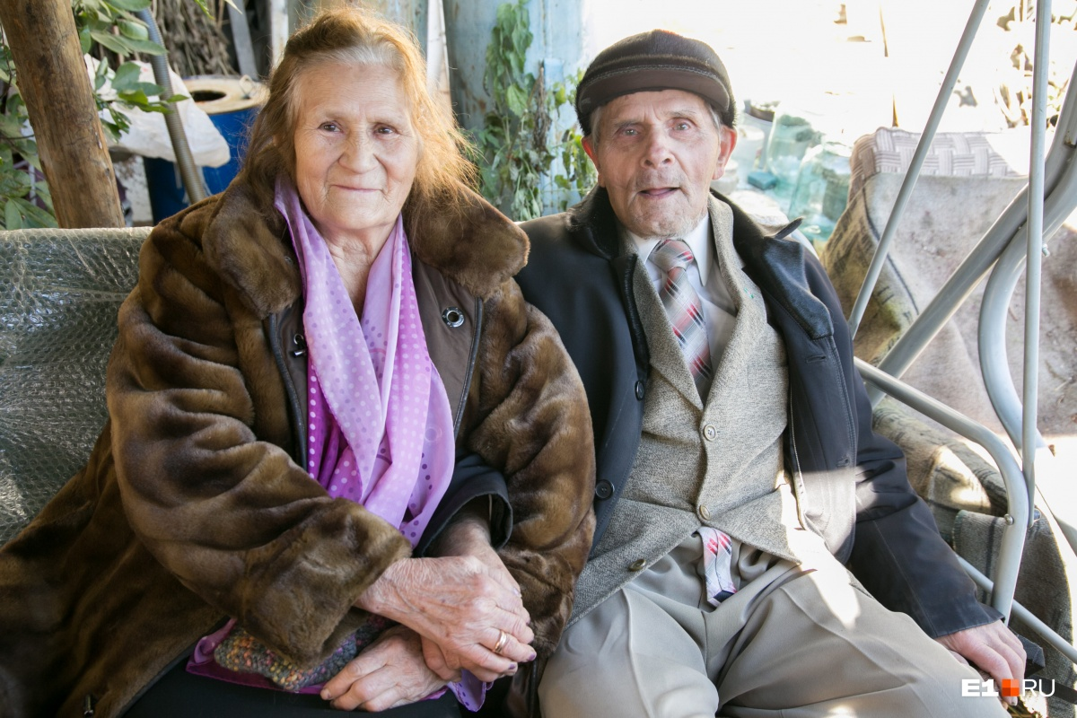 Тамара Петровна и Эдуард Митрофанович жили в доме с 1967 года. К сожалению, оба они скончались