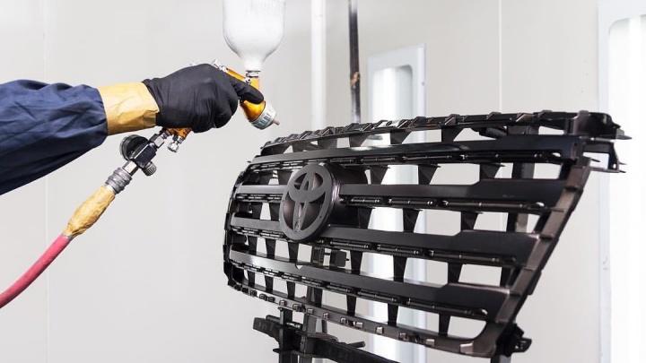 Дешево и быстро: в одном из техцентров Екатеринбурга предложили кузовной ремонт от 500 рублей