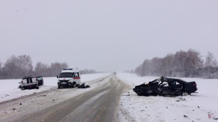 В жуткой аварии Dodge Ram и «десятки» погибла молодая волгоградка, двое человек в больнице