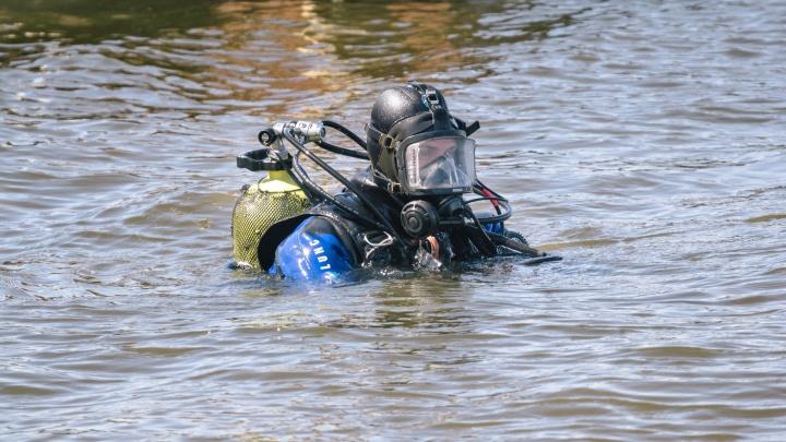 На Сухой Самарке водолазы нашли двух погибших при взрыве на катере