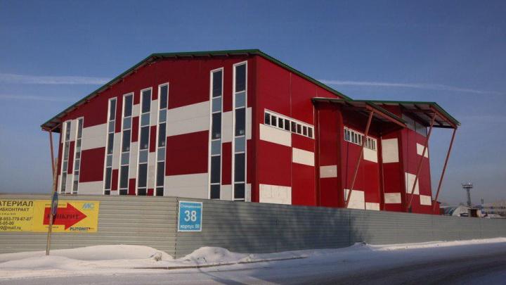 Спохватились: суд отправил под снос здание ТЦ, который тайно построили в Ленинском районе