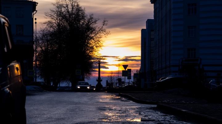 Город-каток: посмотрите фотографии архангелогородцев, которые рискнули выйти из дома