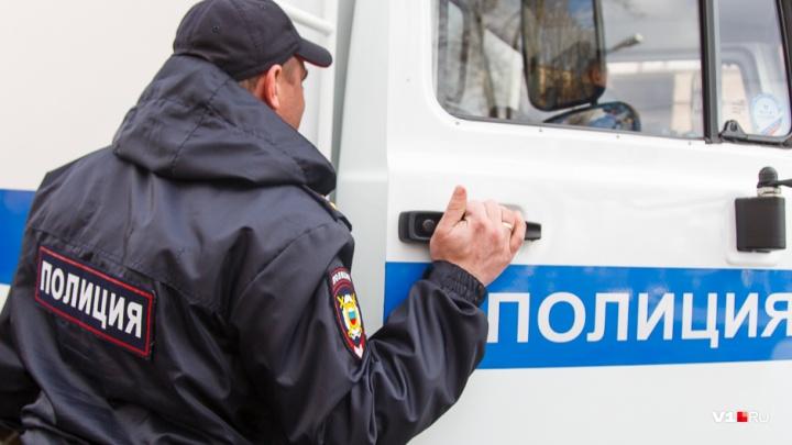 Пожилая волгоградка лишилась 715 тысяч рублей, решив поиграть на фондовой бирже